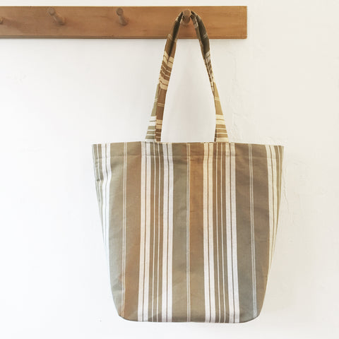Ticking Tote bag