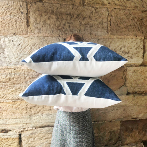 Cushions Geometric Navy