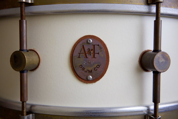 8-Lug Steam Bent Solid Maple Shell Antique White Snare