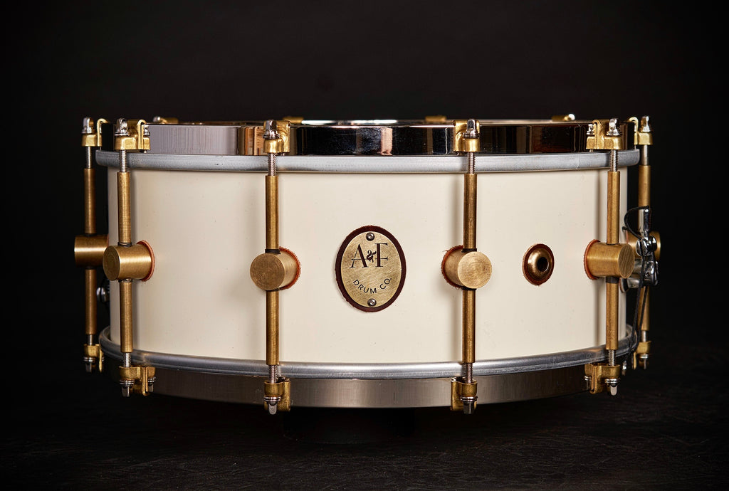 1901 Limited Edition Antique White Steam Bent Maple Snare