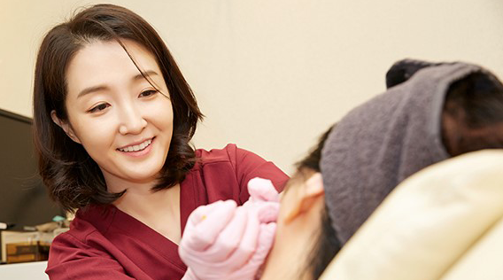 A Korean Dermatologist's Guide To Facial Fillers