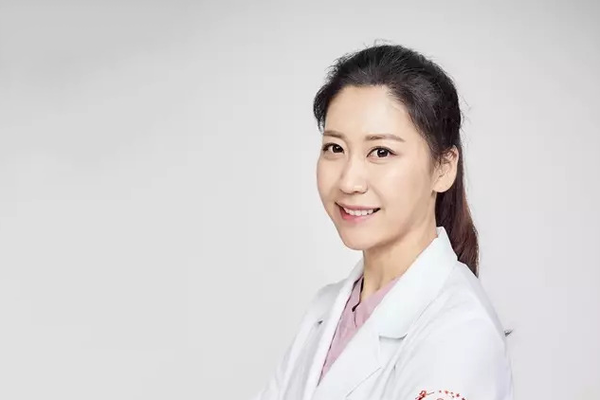 What is Elasticum Thread Lift? Q&A with Dr. Kim Jiyeon in Korea