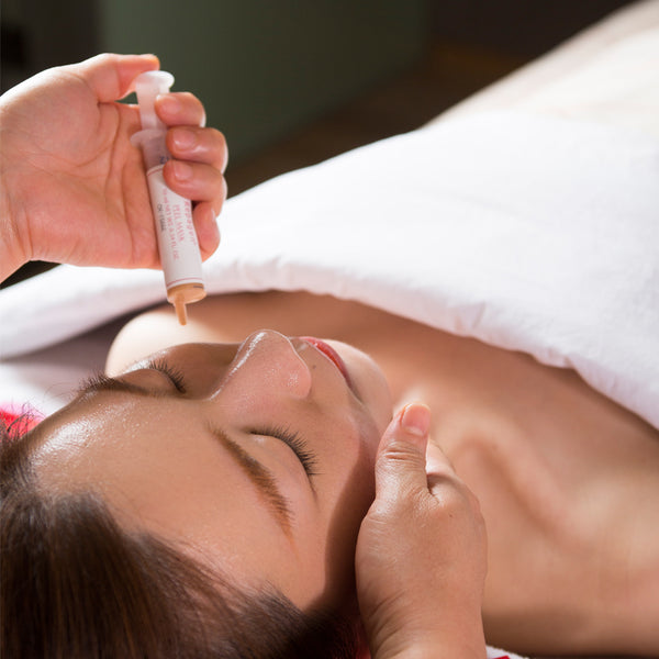 Intensive Moisturizing & Soothing Facial
