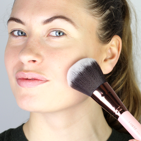 LUXIE Rose Gold Large Powder Face Brush 518