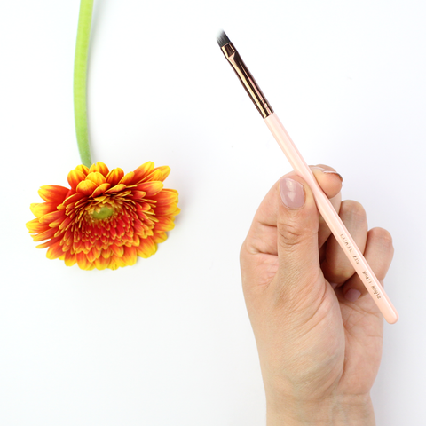LUXIE Rose Gold Small Angle Eye Brush 215