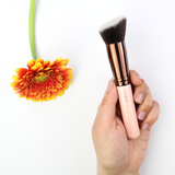 LUXIE Rose Gold Flat Angled Blender Face Brush 538
