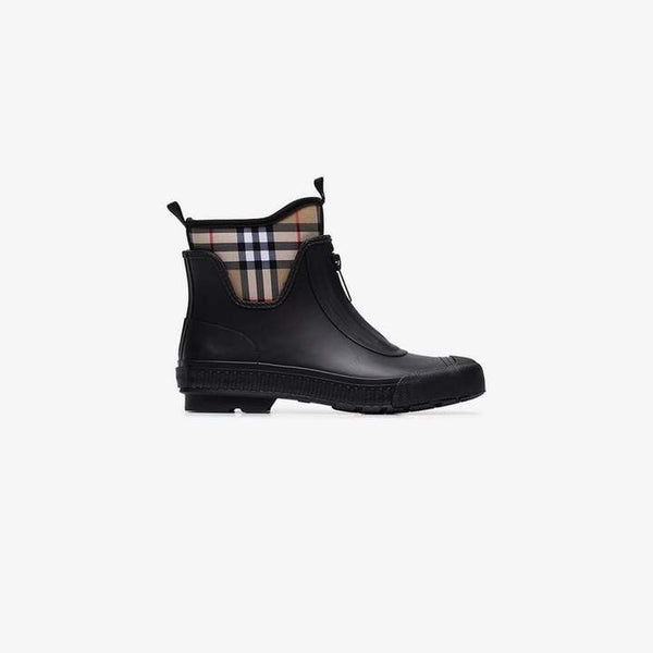 Burberry black Flinton rubber ankle boots