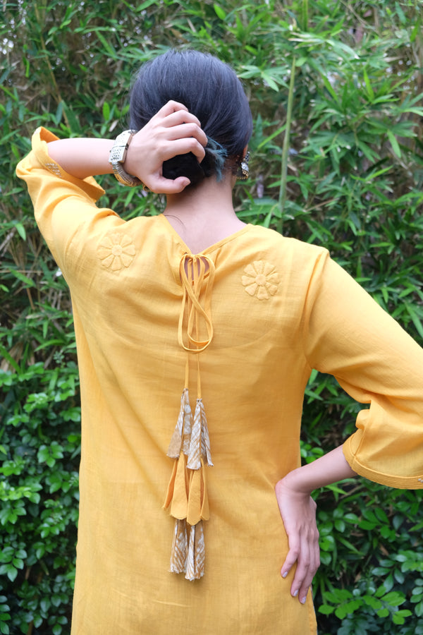 Waterlily Carnation Tunic - shopraiman