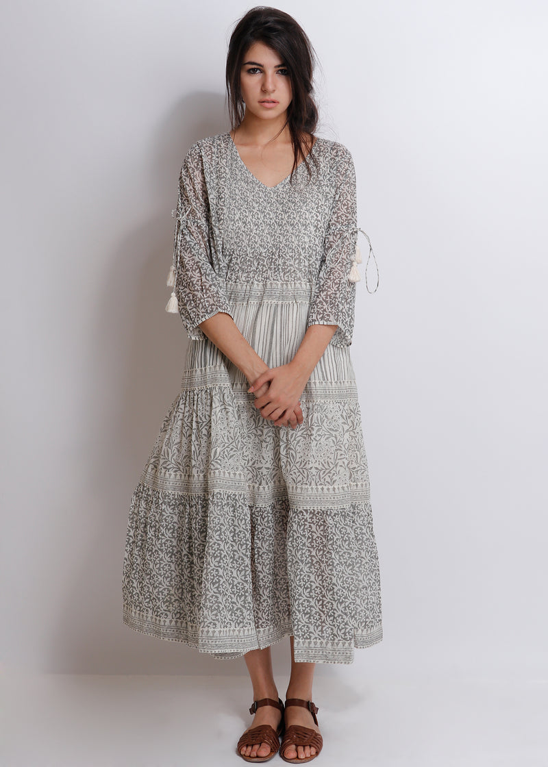 Carnation Tier Dress - shopraiman