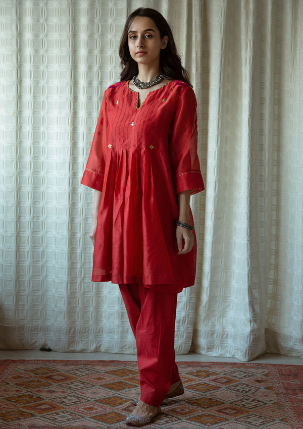 Red Narrow Salwar Pants