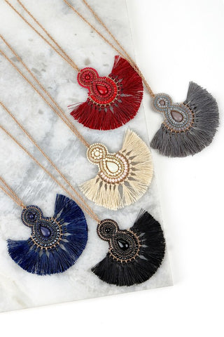 Thread Tassel Fan Necklace