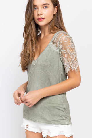 Sweet Memories Lace Short Sleeve Top (more colors)