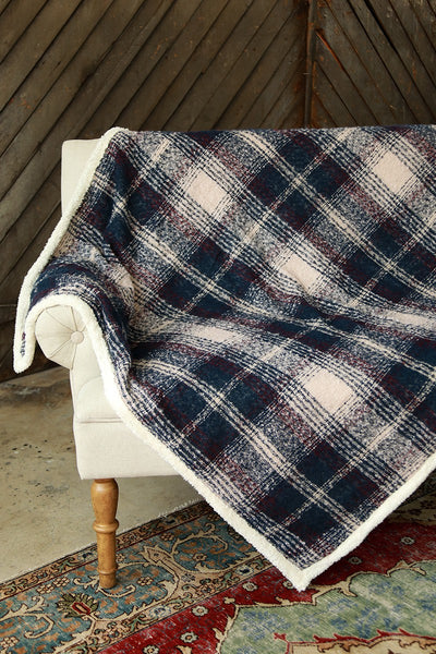 Cozy Plaid Boucle Sherpa Blanket (more colors)