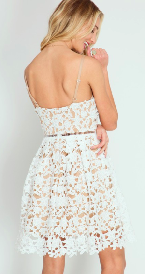 Pretty Petal Lace Dress (more colors)