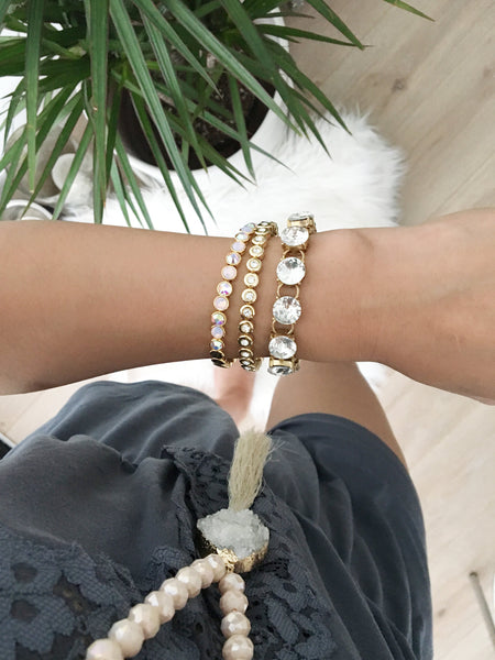 Chunky circle glass crystal bracelet in a classic and versatile style. Effortless and chic. Stack and layer with other bracelets or wear it solo.  Wear it everyday or for a special occasion.