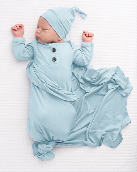 Knotted Button Newborn Gown and Hat Set - Light Blue