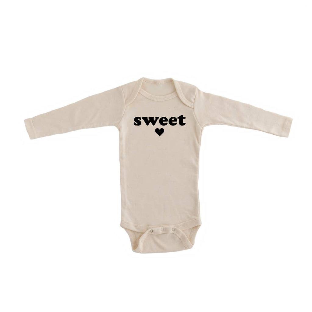 """Sweetheart"" Organic Long Sleeve Bodysuit"