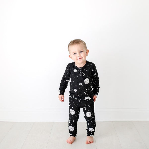 Posh Peanut - RILEY Henley Pajamas with Snaps