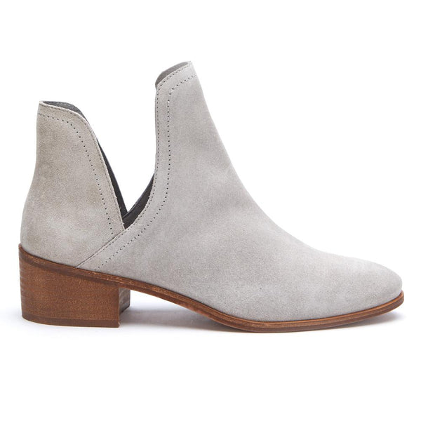 Pronto Grey Ankle Booties by Matisse Coconuts Collection