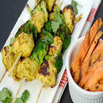 MADRAS CHICKEN & BROCCOLI SKEWERS WITH SWEET POTATO FRIES RECIPE