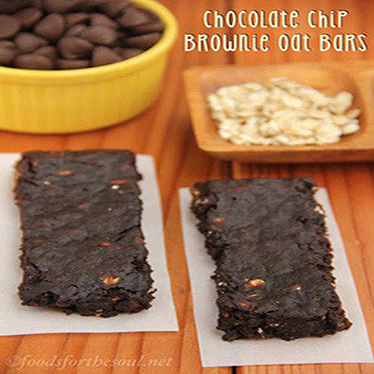 CHOCOLATE CHIP BROWNIE & OAT BARS
