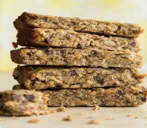 CHOCOLATE BANANA BREAD PROTEIN BARS