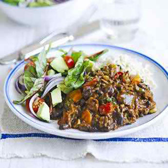 CHILLI BEEF WITH BLACK BEANS AND AVOCADO SALAD