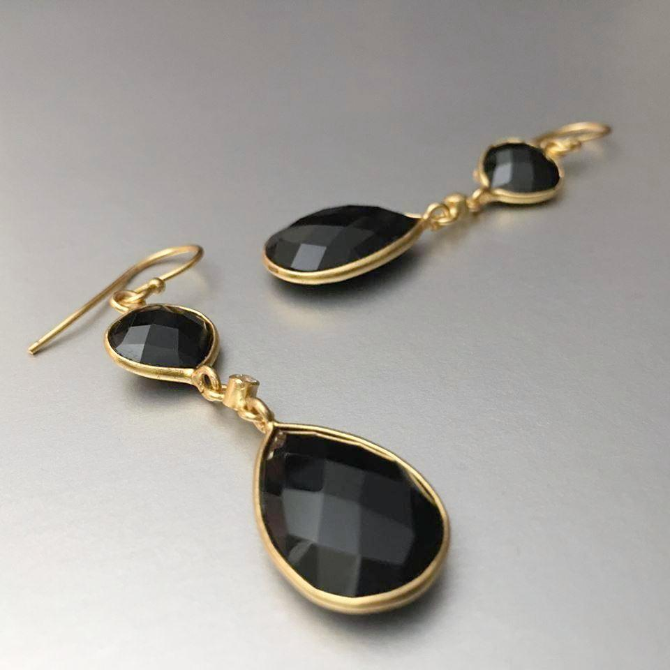 A sophisticated and refined pair of double black onyx earrings (small size) creates quite the stir one may expect. Versatile, comfortable yet glamorous to complete the look before stepping out.
