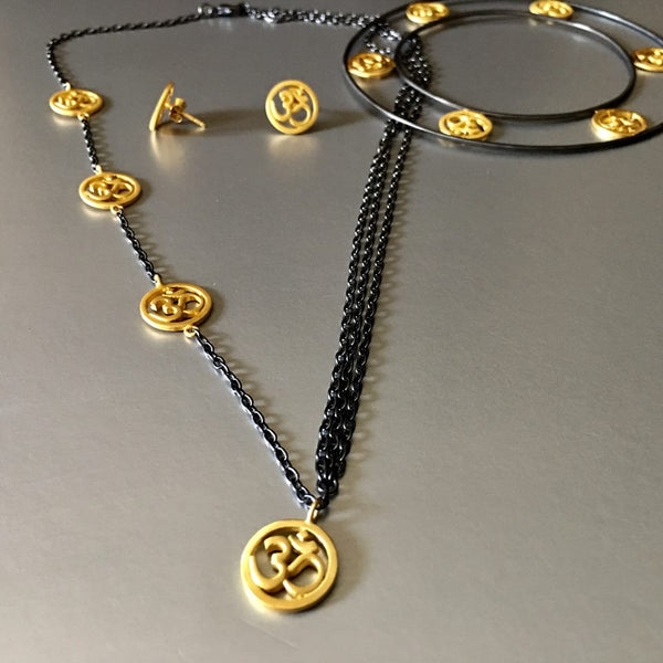 Necklace With Gold OM