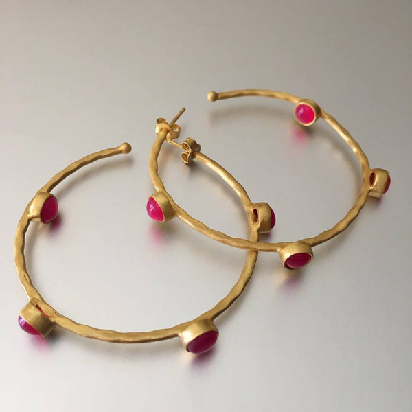 These gold plated, lightweight hoops adorned beautifully with pink chalcedony gemstones are simply too cute. A fashionista's must-have!  A simple pair of earring hoops, that would accentuate any attire.