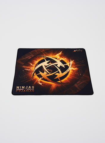 Ninjas in Pyjamas Xtrfy XTP1 Mousepad Large - Lightning