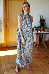 Sleeveless Caftan - Charcoal Leopard