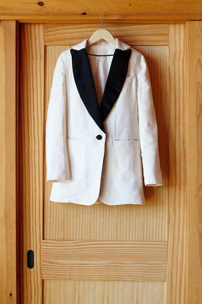 Wingtip 2 - Ivory Dinner Jacket