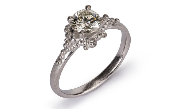 28. Cluster Diamond Ring