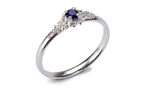 Cluster Ring - blue sapphire