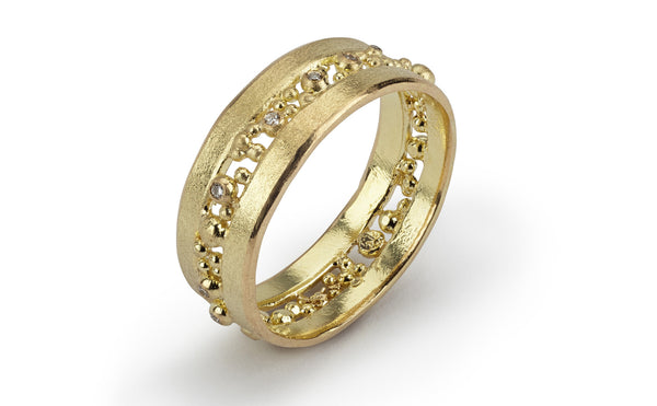 Cut Diamond Ring - yellow gold