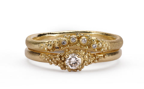 Contour Granule Ring - 18ct yellow gold