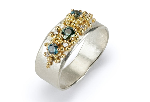 47. Sapphire and diamond granulated ring