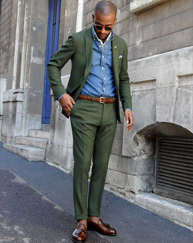 Using a blue shirt to breakup a green suit