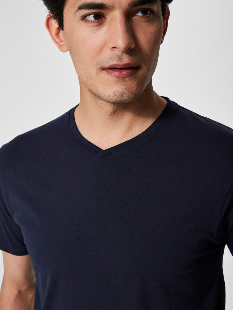 Selected Homme MS - Casual Tops - Tshirts Pima Cotton V-Neck T-Shirt Black - Gotstyle The Menswear Store