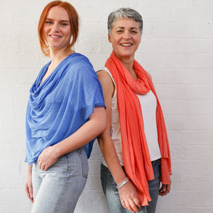 models with blue and orange wraps