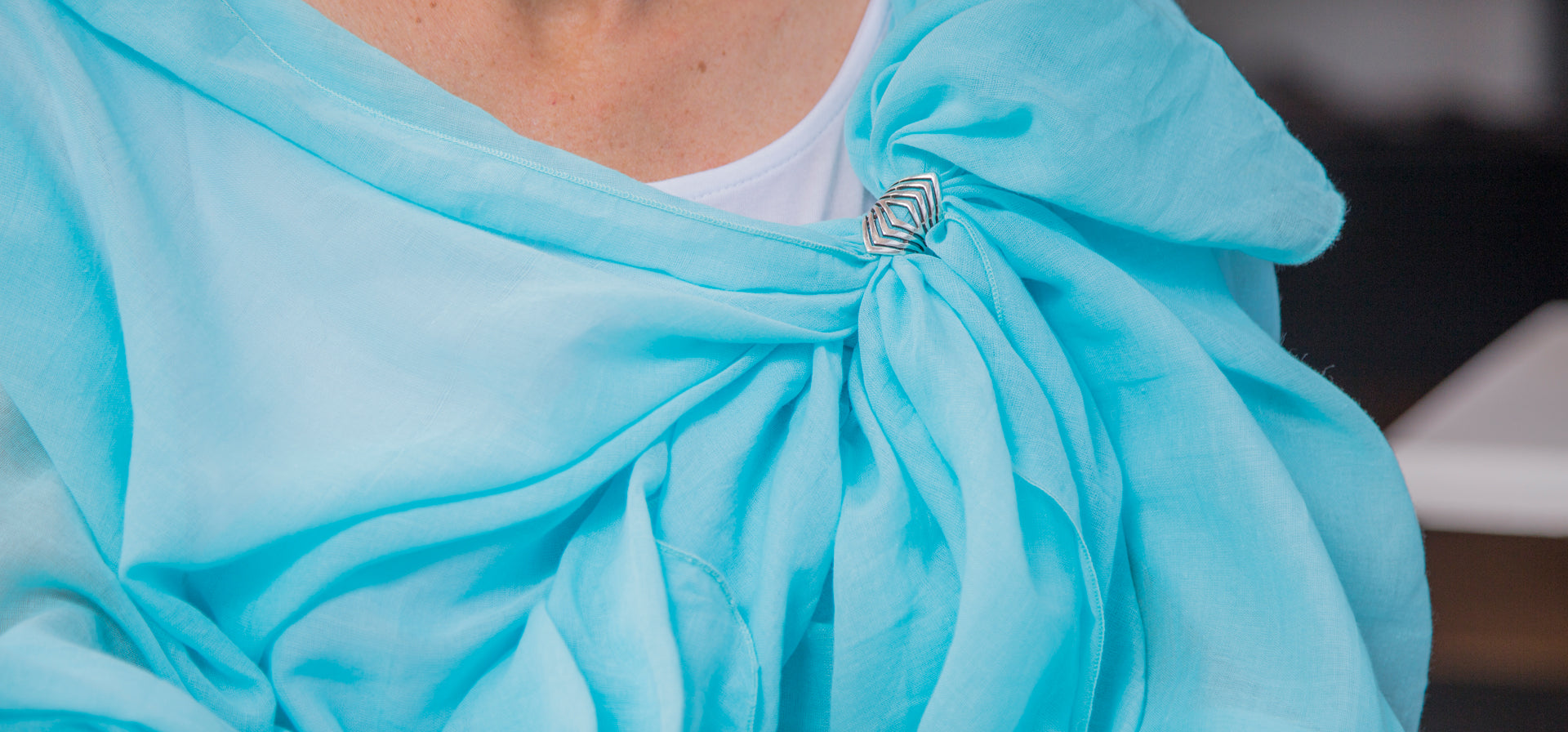 aqua wrap with silver clasp
