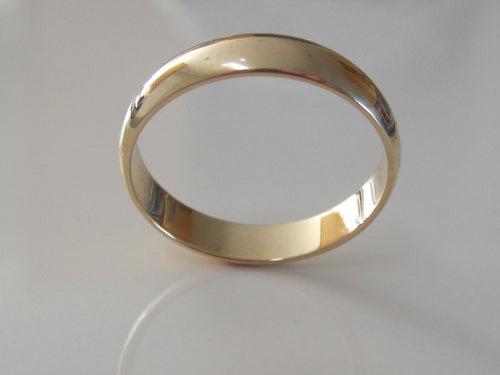 Classic Wedding Band 14K Recycled Yellow Gold Low Dome