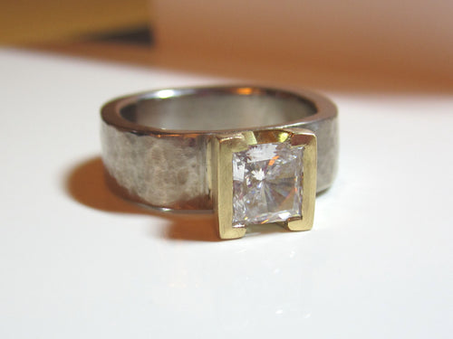 Pricess Cut Moissanite Engagement Ring