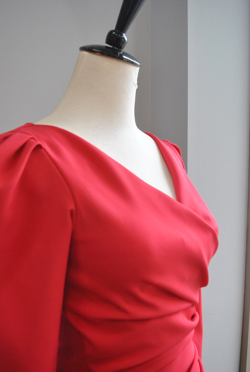 SILVER SILKY SET OF MINI SKIRT AND ASYMMTERIC TOP