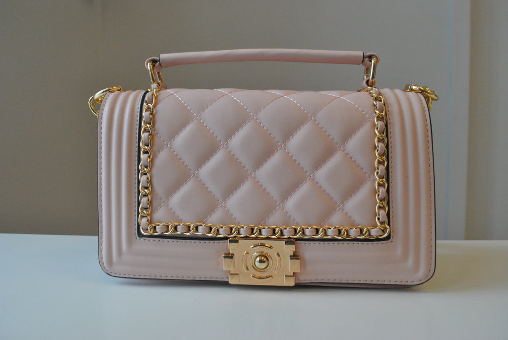 BLUSH PINK GUILTED MEDIUM CROSSBODY BAG WITH GOLD CHAIN