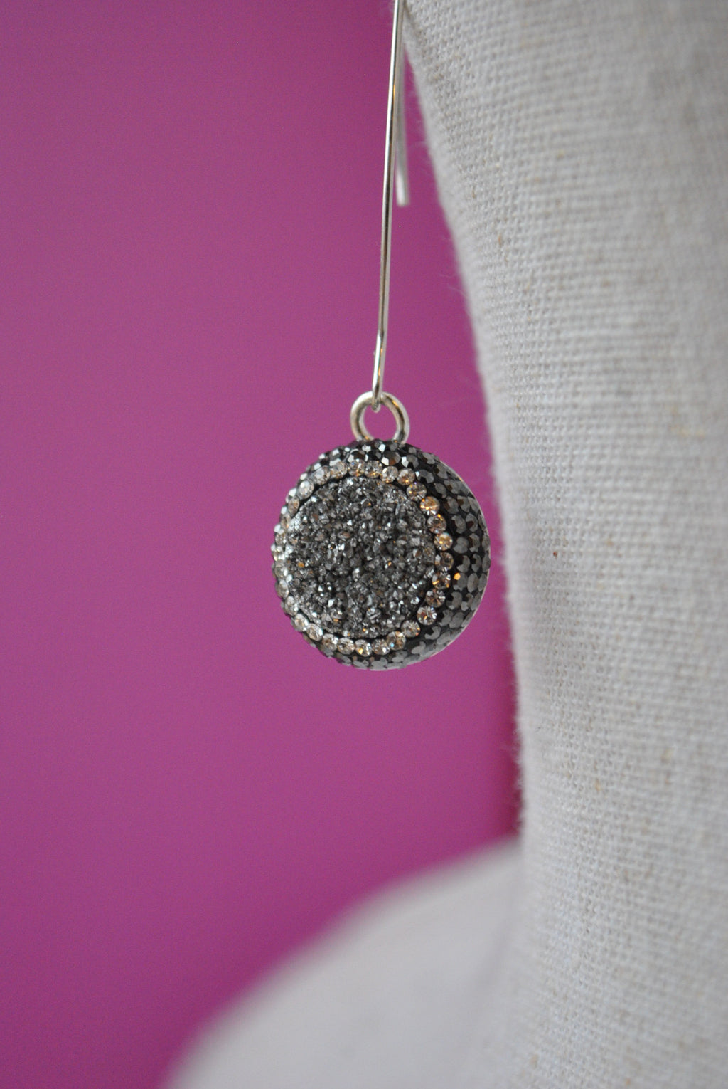 GREY DRUZY AND SWAROVSKI CRYSTALS LONG EARRINGS