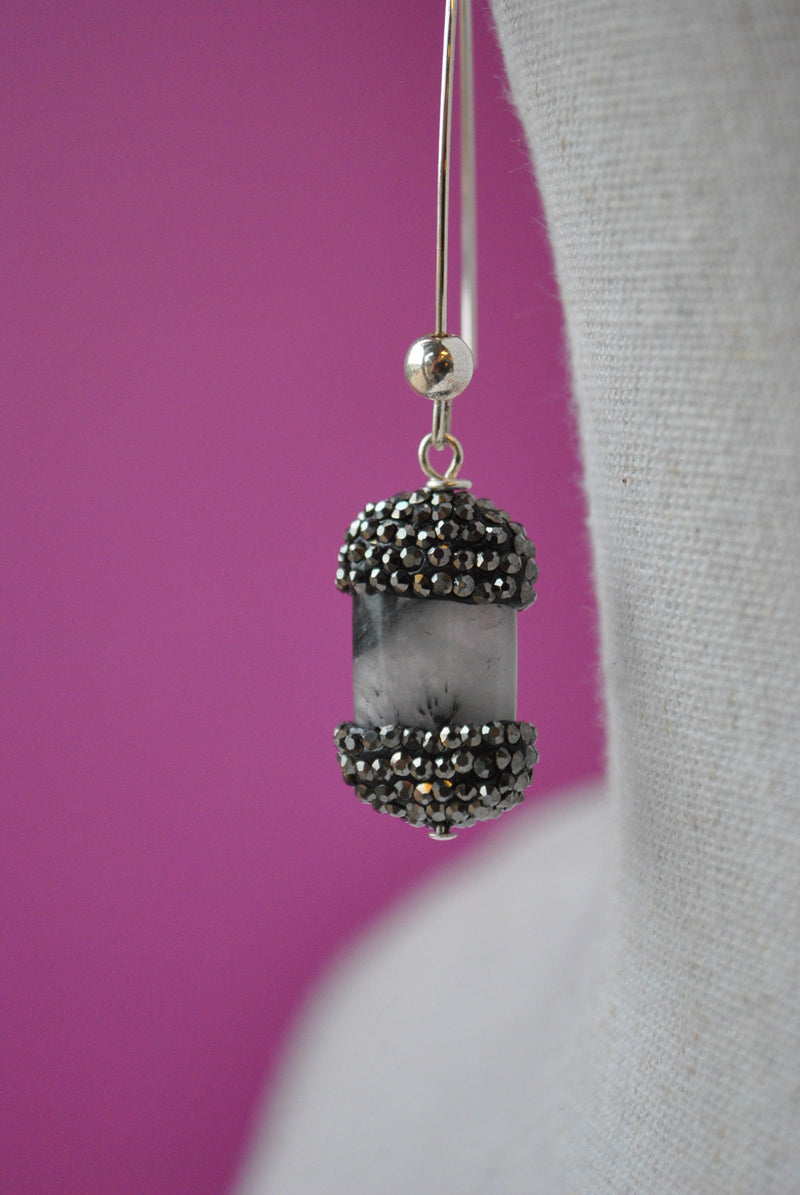 TOURMALINATED QUARTZ AND SWAROVSKI CRYSTALS LONG EARRINGS