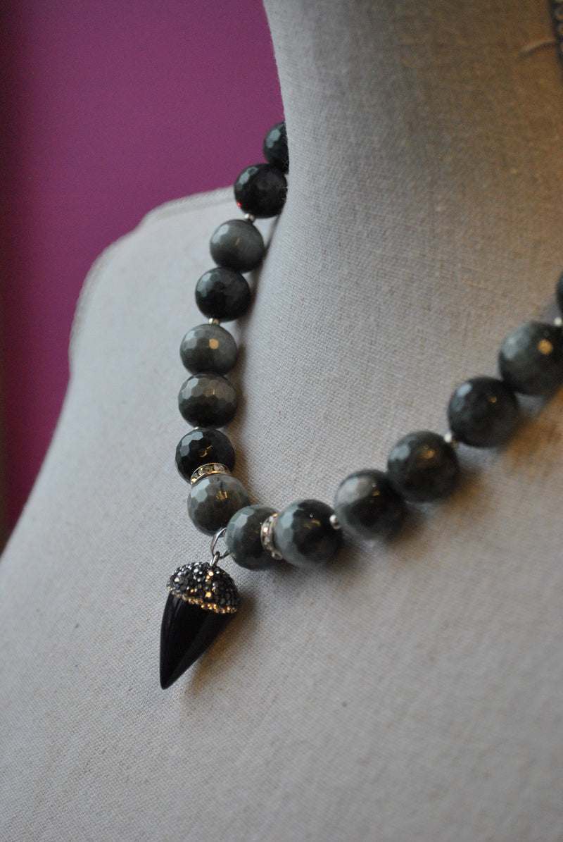 EAGLE EYE AND BLACK ONYX PENDANT NECKLACE