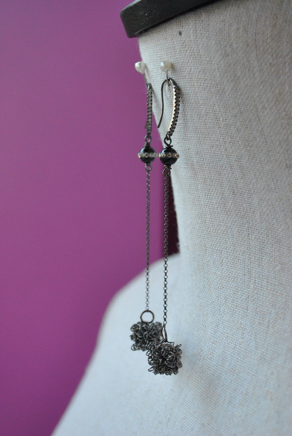 GUNMETAL WIRE CUBES AND BLACK ONYX LONG DELICATE EARRINGS